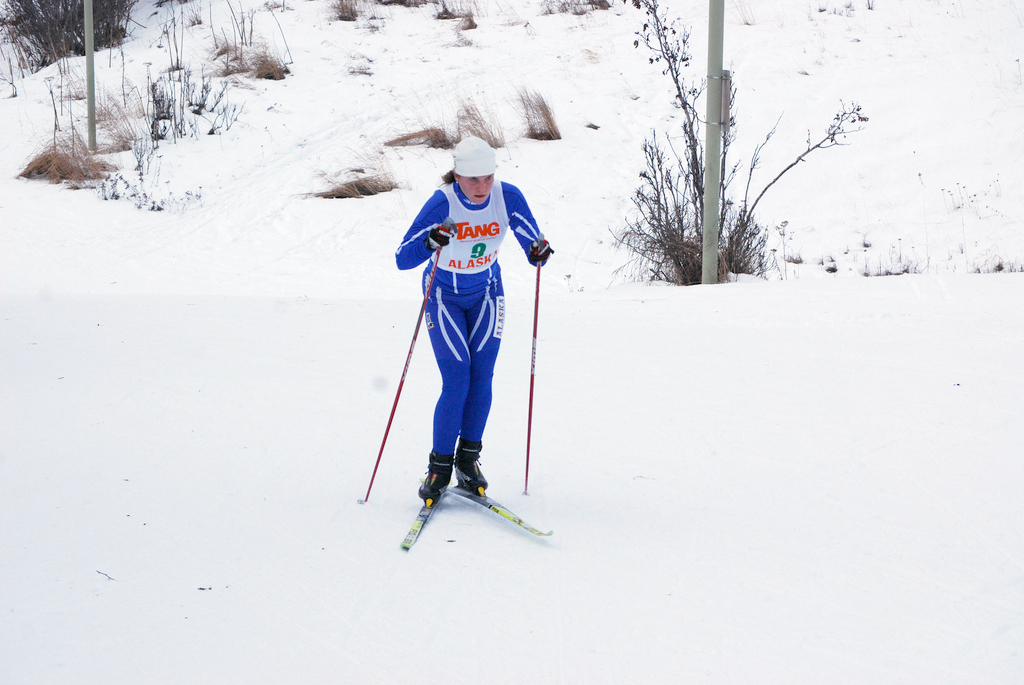 https://fasterskier.com/wp-content/blogs.dir/1/files/2009/12/Anna-Coulter-UAF-races-nordic-cup-09-photo-Urban-Enkvist.jpg