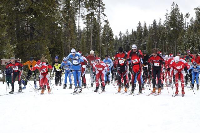 https://fasterskier.com/wp-content/blogs.dir/1/files/2010/01/sporthill-crescent-lake-challenge-mass-start.jpeg