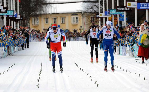 https://fasterskier.com/wp-content/blogs.dir/1/files/2010/03/Joergen-Brink-sprints-for-the-Vasaloppet-title-against-Daniel-Tynell-jpg.jpg