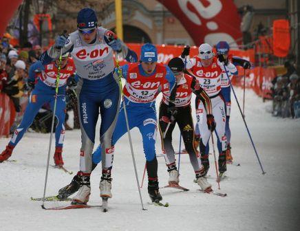 https://fasterskier.com/wp-content/blogs.dir/1/files/2010/11/779px-Alena_Prochazkova_+_Kuitunen_at_Tour_de_Ski.jpg