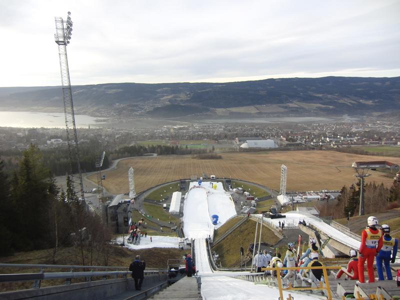 https://fasterskier.com/wp-content/blogs.dir/1/files/2011/12/Lillehammer.jump_.12.2.jpg