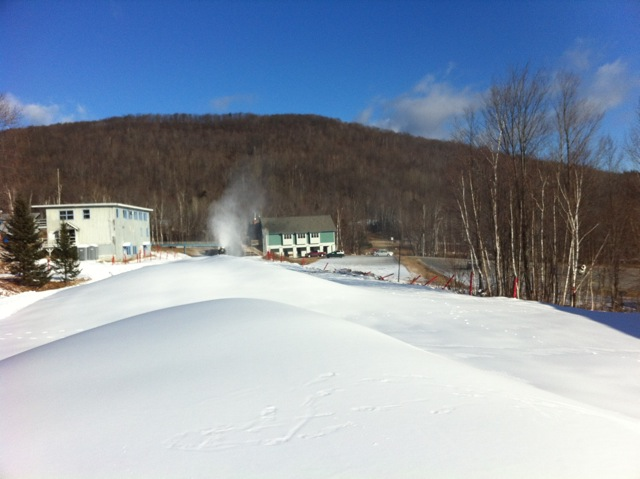 https://fasterskier.com/wp-content/blogs.dir/1/files/2011/12/snow-piles-rumford.png