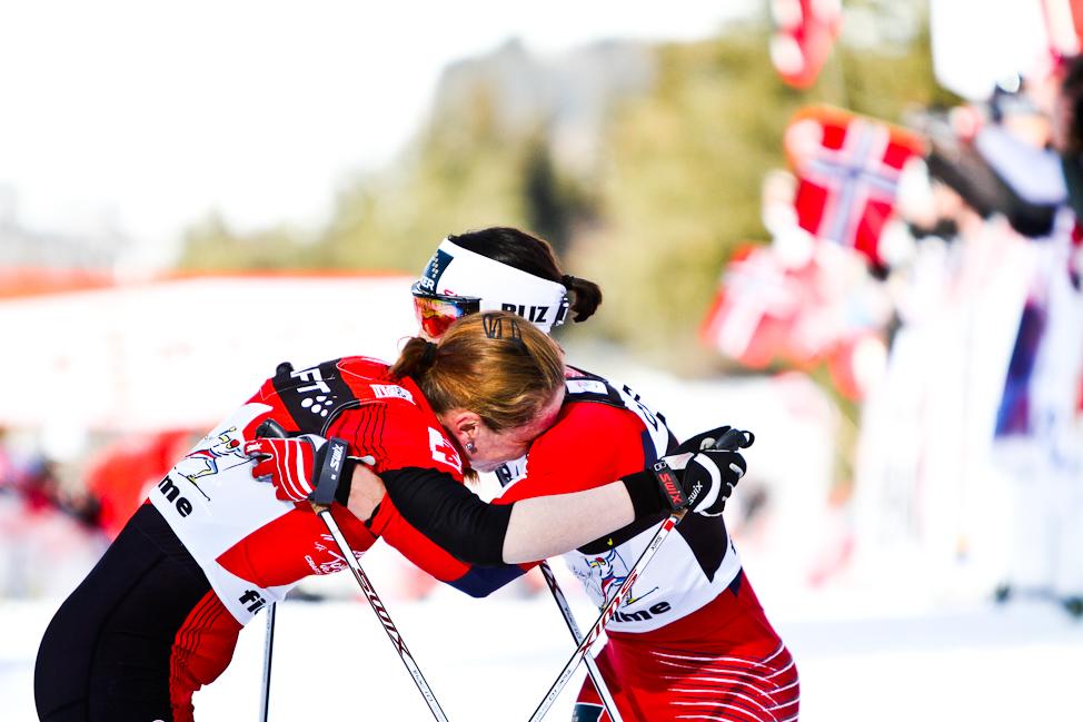 https://fasterskier.com/wp-content/blogs.dir/1/files/2012/01/15L-Bjoergen-Kowalczyk-Hug.jpg
