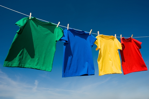 https://fasterskier.com/wp-content/blogs.dir/1/files/2012/07/bigstock_Primary_Colored_T-shirts_On_A__5852155_large.jpg