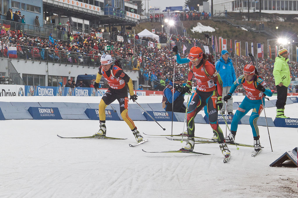 https://fasterskier.com/wp-content/blogs.dir/1/files/2013/12/1024px-Biathlon_Oberhof_2013-086.jpg