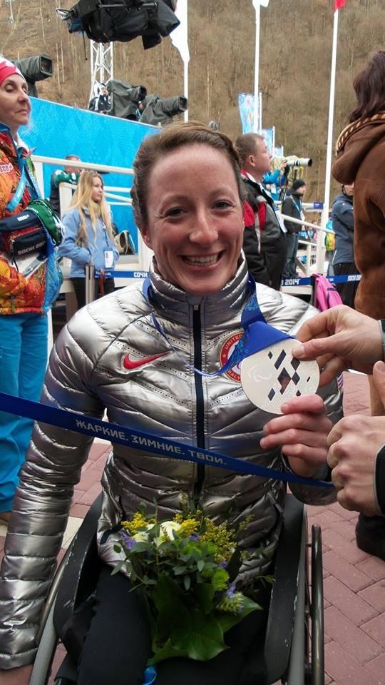https://fasterskier.com/wp-content/blogs.dir/1/files/2014/03/Tatyana-McFadden-with-her-sprint-silver-medal-Photo-BethAnn-Chaimberlain-U.S.-Paralympics-Nordic.jpg