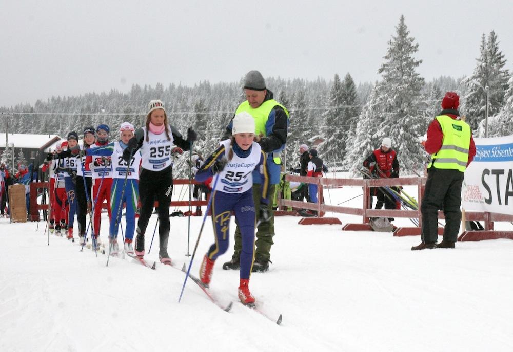 https://fasterskier.com/wp-content/blogs.dir/1/files/2014/11/Sjusjøcup-Photo-Inge-Scheve-2.jpg