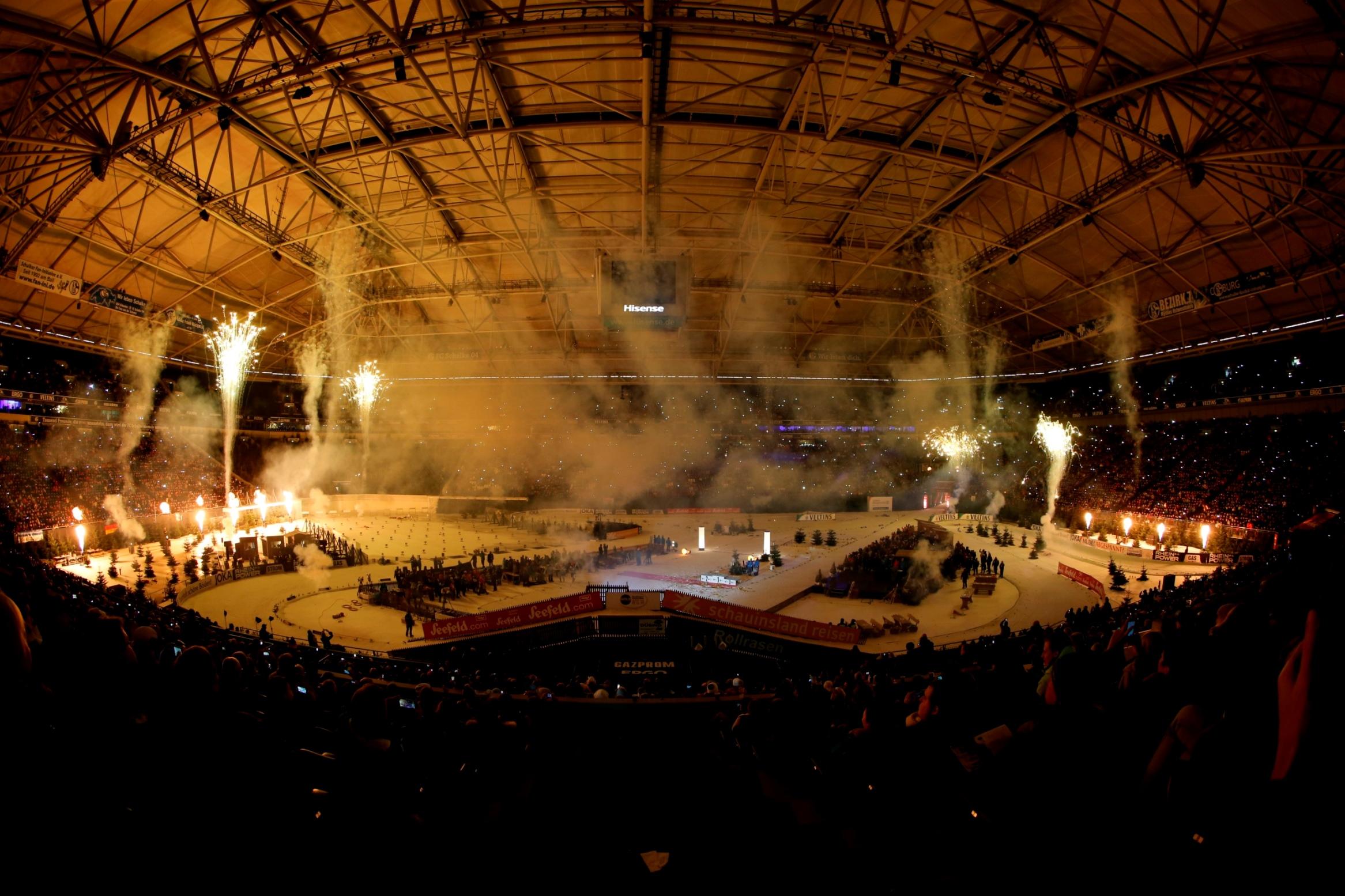 https://fasterskier.com/wp-content/blogs.dir/1/files/2014/12/WTC-Biathlon_Feuerwerk_2014.jpg