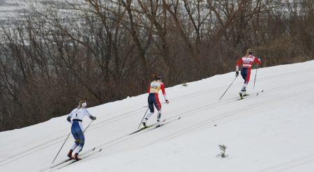 Therese Johaug was opening gaps on the climbs, but Ingvild Flugstad Østberg and Stina Nilsson were closing them up on the downhills. (Photo: Doug Stephen)
