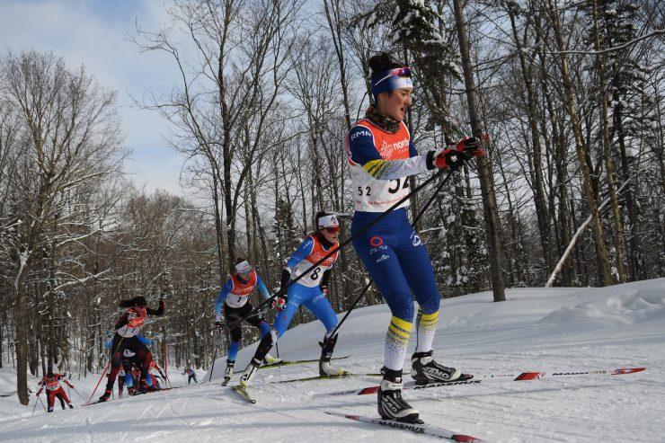 Olivia Bouffard-Nesbitt leads Jasmine Drolet, Elizabeth Elliott and Liliane Gagnon in pursuit of the top 3. (Photo: Doug Stephen)