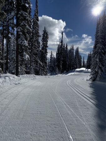 With the race loops set full width for Nationals, there will be lots of room for the lead pack to pass lapped skiers. Yes, there are two classic tracks on the right edge.