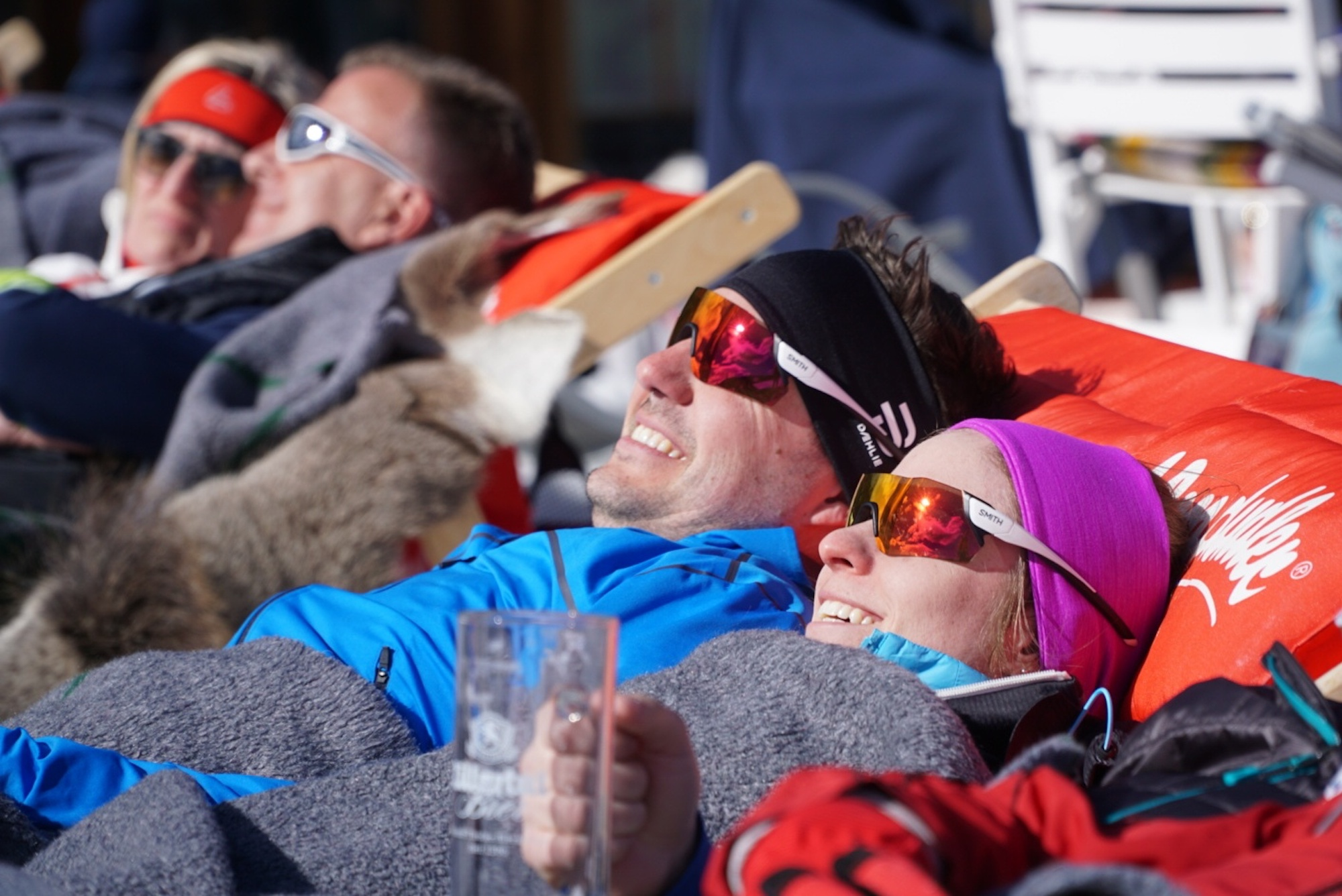 https://fasterskier.com/wp-content/blogs.dir/1/files/2020/03/3-A-cold-beer-and-warm-sunshine-Lumi-Experiences-Seefeld-Engadin.jpeg